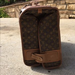 Louis Vuitton garment hanging luggage